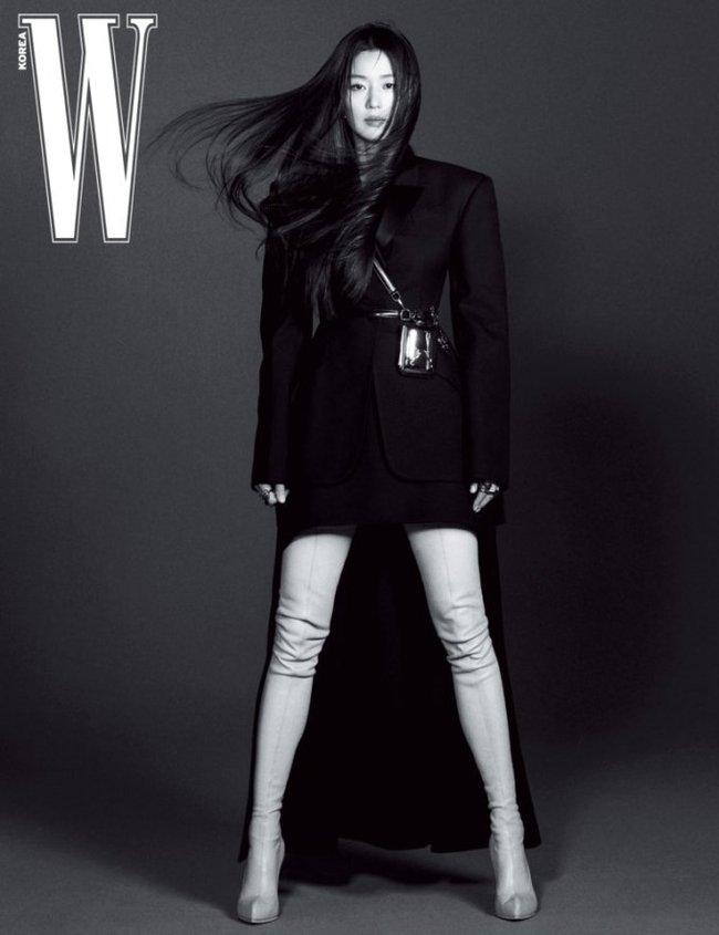 """Bí ẩn đằng sau thân hình đẹp hoàn hảo của """"mợ chảnh"""" Jeon Ji Hyun ở tuổi U40, nghe qua cũng khiến dân tình hết hồn - Ảnh 1."""