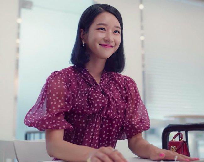 Seo Ye Ji biến hóa khôn lường với 5 kiểu cực sang khi để tóc bob, chị em học theo thì dễ ăn điểm xịn mịn - Ảnh 5.