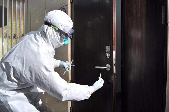 Chuyên gia tiết lộ 7 món đồ cần ưu tiên dọn sạch hàng đầu trong mùa dịch COVID-19 và cách thực hiện đúng nhất để đảm bảo tiêu diệt virus, vi khuẩn - Ảnh 5.