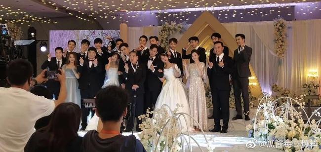 """Chưa làm đám cưới trong """"Cá mực hầm mật"""", Dương Tử - Lý Hiện rủ nhau sang phim ngôn tình khác tổ chức hôn lễ  - Ảnh 2."""
