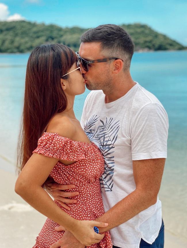 Siêu mẫu Hà Anh tiết lộ bí quyết hạnh phúc sau 4 năm kết hôn - Ảnh 8.