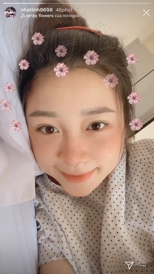 """Cả thai kỳ xinh đẹp, bà xã Phan Văn Đức gây choáng khi lộ diện sau sinh, tiện thể khoe luôn tên thật của """"tiểu công chúa"""" - Ảnh 1."""