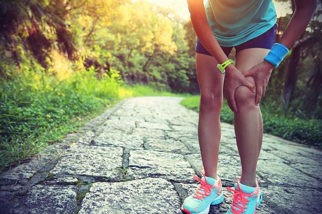 Những sai lầm thường gặp khi đi bộ thể dục - Ảnh 1.
