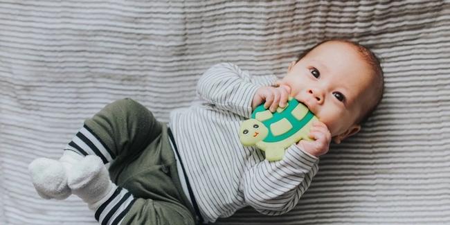 Nếu em bé 6 tháng tuổi vẫn chưa ngủ xuyên đêm, đây là cách để luyện bé tự ngủ - Ảnh 3.