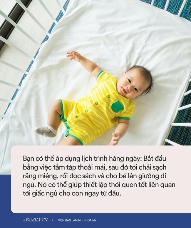 Nếu em bé 6 tháng tuổi vẫn chưa ngủ xuyên đêm, đây là cách để luyện bé tự ngủ - Ảnh 5.