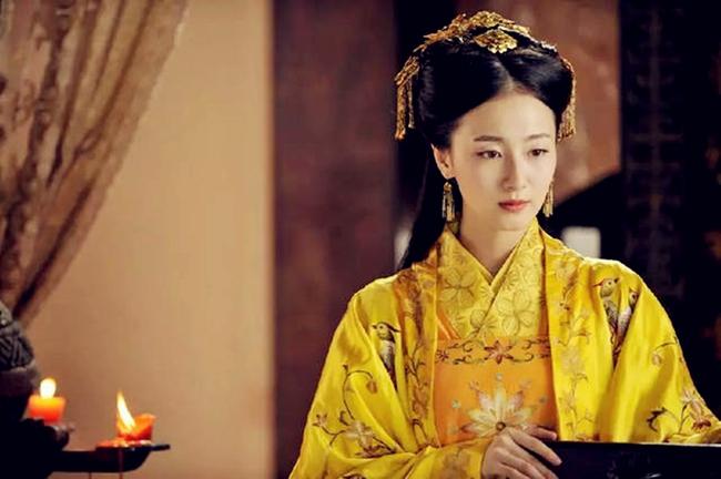 Nữ tù binh may mắn nhất trong lịch sử Trung Hoa: Được Hoàng đế yêu từ cái nhìn đầu tiên, thị tẩm 1 lần duy nhất đã mang thai Thái tử - Ảnh 2.