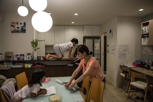 Nhiều đàn ông Nhật phải lang thang sau giờ làm dù có gia đình đầm ấm, nguyên nhân đến từ vấn đề chẳng ai ngờ - Ảnh 3.