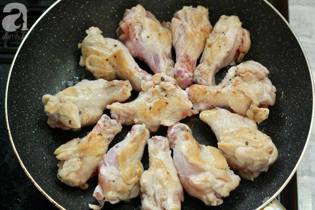 Gà chiên gà kho ăn mãi cũng chán, đổi món với gà nấu chanh đảm bảo cả nhà ngạc nhiên vì quá lạ quá ngon! - Ảnh 4.
