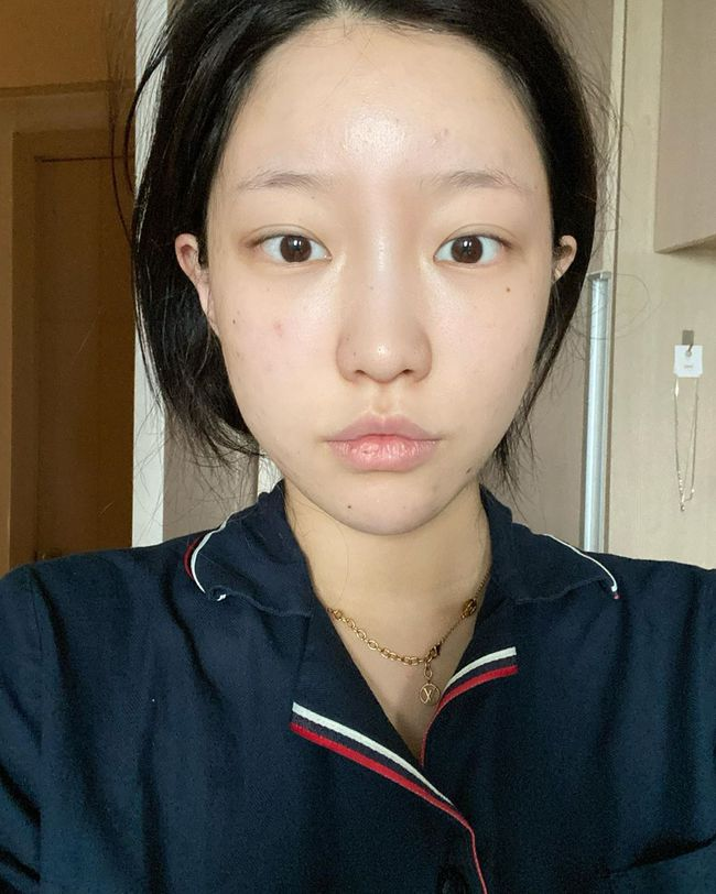 """3 dấu hiệu cho thấy chị em đã chọn sữa rửa mặt """"sai bét"""", cần phải thay đổi ngay trước khi làn da xấu tệ hơn - Ảnh 2."""