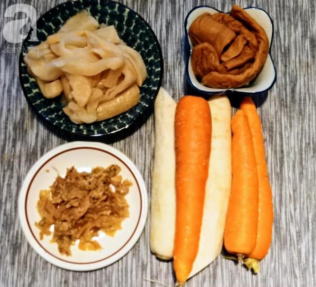 Đầu tháng 7 âm lịch học mẹ Liên Ròm cách nấu hủ tiếu chay