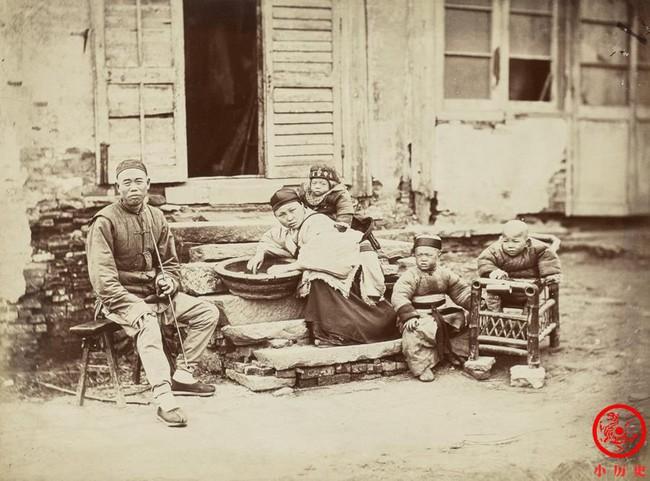 Loạt ảnh cũ cuối thời nhà Thanh có giá trị lịch sử cực lớn: Hình ảnh Tử Cấm Thành và cuộc sống người dân được khắc họa rõ nét - Ảnh 2.