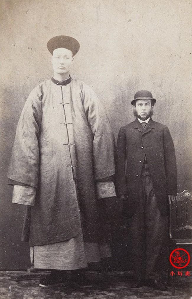Loạt ảnh cũ cuối thời nhà Thanh có giá trị lịch sử cực lớn: Hình ảnh Tử Cấm Thành và cuộc sống người dân được khắc họa rõ nét - Ảnh 8.