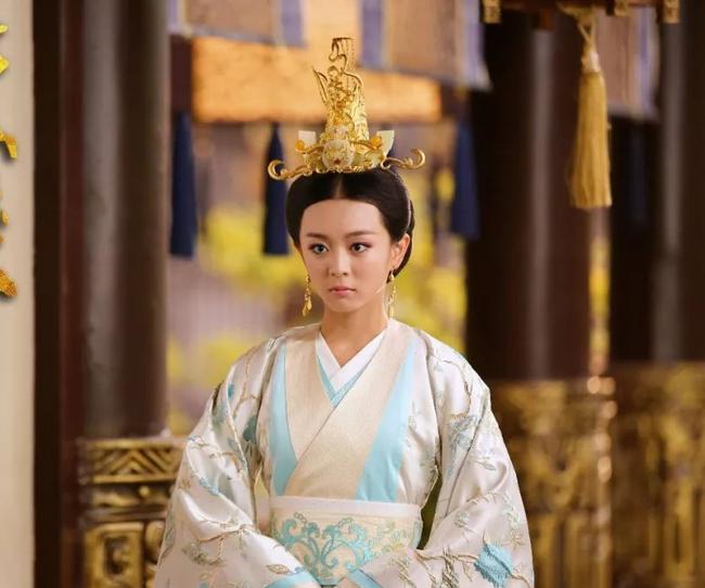 Chuyện về nữ nhân mệnh khổ: 12 tuổi lấy chồng, 17 tuổi làm Hoàng hậu, 18 tuổi làm Thái hậu nhưng sau cùng nàng trở thành Công chúa một lần nữa - Ảnh 1.