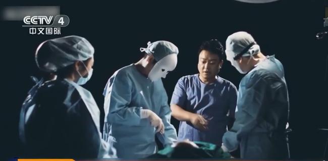Có 200.000 gương mặt Trung Quốc bị hủy hoại trong 10 năm: Khi ranh giới sắc đẹp - tử vong vô cùng mỏng manh và sự hỗn loạn của phẫu thuật linh hồn - Ảnh 3.