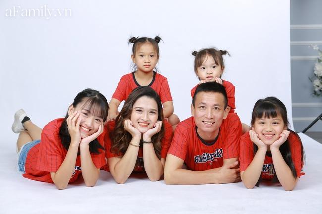 """Mẹ Hà Nội """"dành cả thanh xuân để đẻ"""": Sinh mổ lần 5 suýt đánh đổi tính mạng, 33 tuổi làm mẹ của 4 cô con gái xinh xắn - Ảnh 4."""