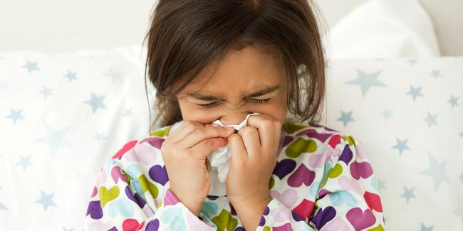 Dịch cúm sắp vào mùa, đây là việc bố mẹ cần làm ngay để phòng bệnh cho con - Ảnh 3.
