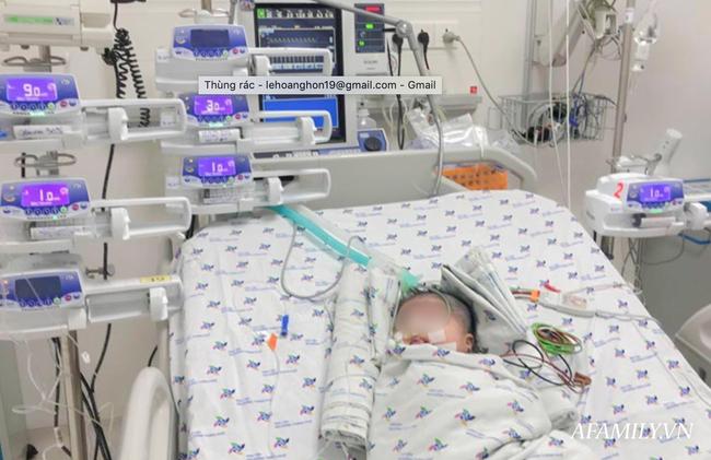 Bác sĩ Sài Gòn cứu sống bé sơ sinh bị cường insulin bẩm sinh hiếm gặp - Ảnh 1.