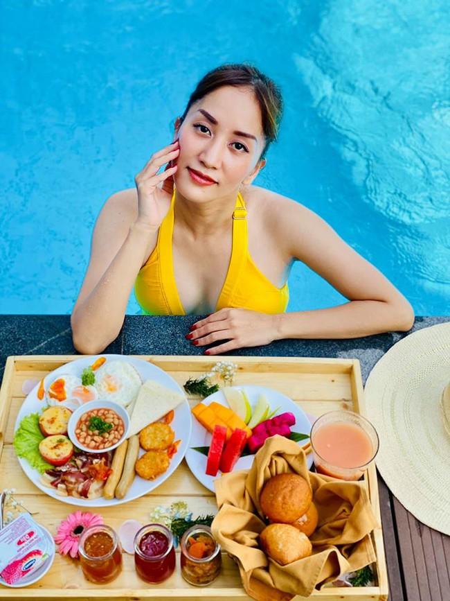 Khánh Thi đăng ảnh trong chuyến du lịch Phú Quốc.