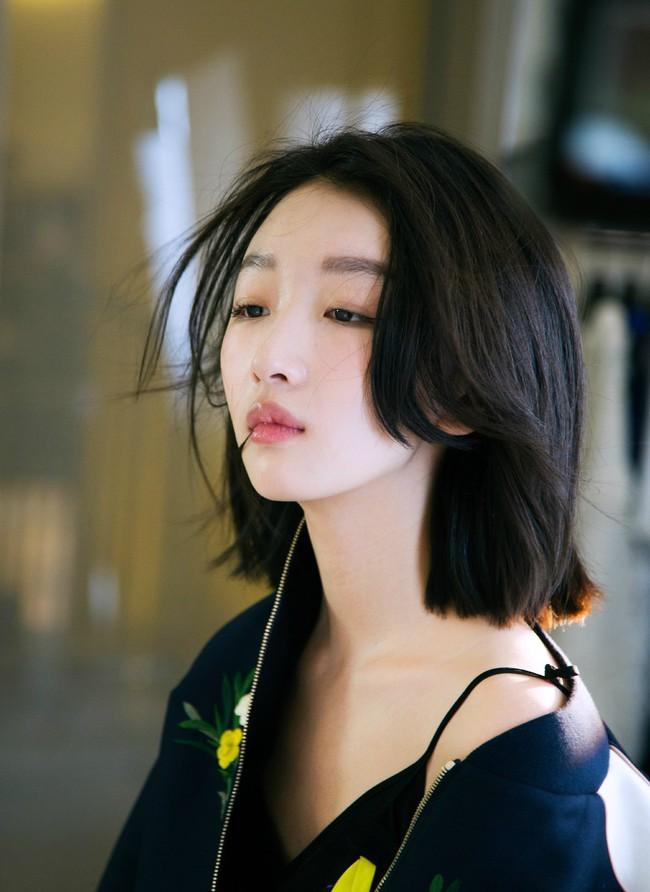 Forbes công bố 100 nghệ sĩ Cbiz nổi tiếng nhất năm 2020: Bất ngờ khi cả Triệu Lệ Dĩnh và Dương Mịch đều không lọt vào Top 5 mà phải chịu thua trước người này - Ảnh 3.