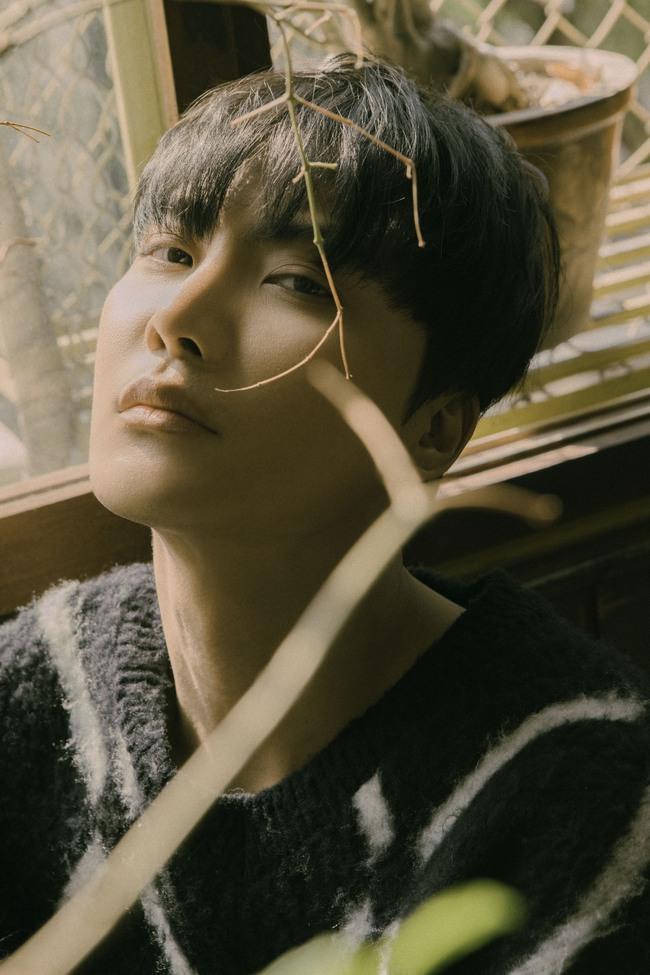 Trở lại sau The Voice 2018, học trò Tóc Tiên tung MV kết hợp cùng hit maker Vương Anh Tú - Ảnh 4.