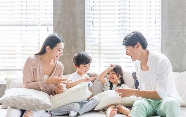 """Nhà báo Thu Hà: """"Bao nhiêu ông bố Việt Nam coi kiếm tiền là việc lớn nhưng dạy con là việc nhỏ?"""" - Ảnh 2."""