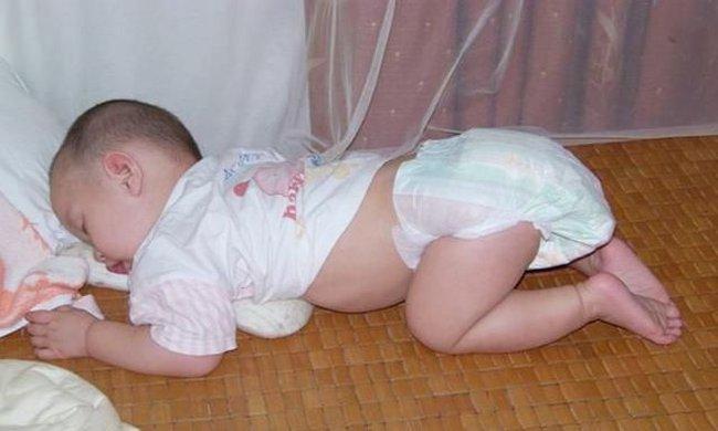 """Năm biểu hiện của trẻ sau khi ngủ cho thấy lá lách và dạ dày đang """"kêu cứu"""" - Ảnh 1."""