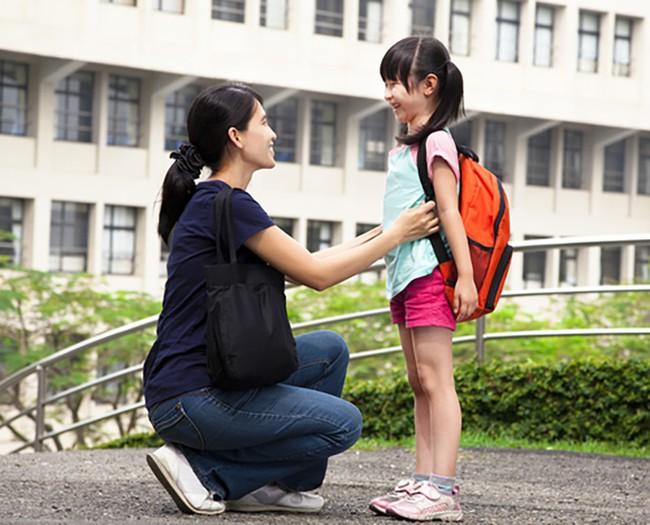 """Nhà báo Thu Hà: Không phải """"cần câu"""" hay """"con cá"""", đây mới là thứ quan trọng nhất cha mẹ cần trao cho con - Ảnh 2."""