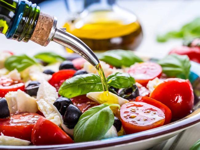 8 loại thực phẩm chống viêm hàng đầu và giảm cholesterol hiệu quả, cực kỳ tốt cho tim mạch - Ảnh 2.
