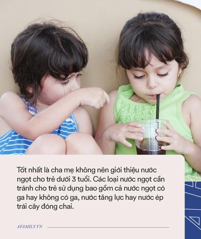 Có một thứ thức uống rất tốt, chỉ xếp sau sữa mẹ nhưng hầu hết trẻ lại không uống đủ lượng cần thiết mỗi ngày - Ảnh 2.