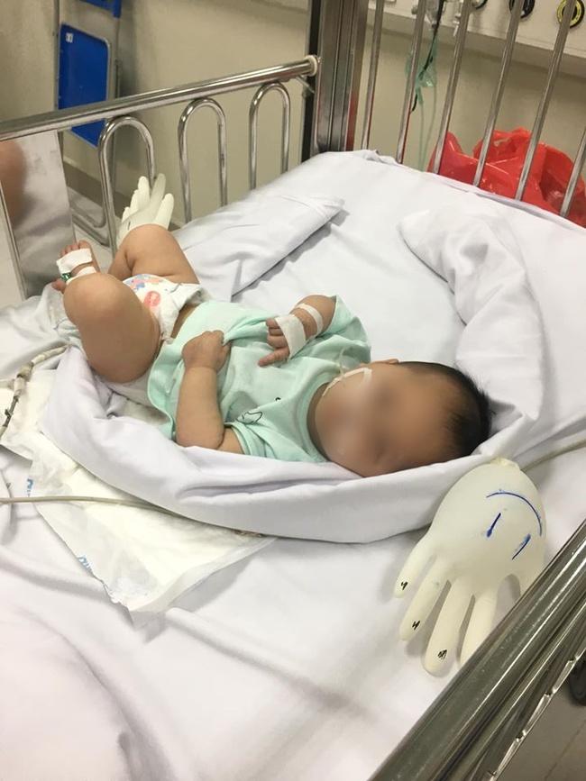 Hà Nội: Xót xa bé gái được bố mẹ đưa đến bệnh viện cấp cứu rồi bỏ đi mất tích - Ảnh 2.