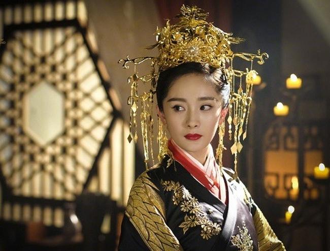 Hoàng đế si tình bậc nhấtTrung Hoa: Hoàng hậu qua đời vẫn vào quan tài ân ái với xác chết vì yêu đến mù quáng - Ảnh 3.