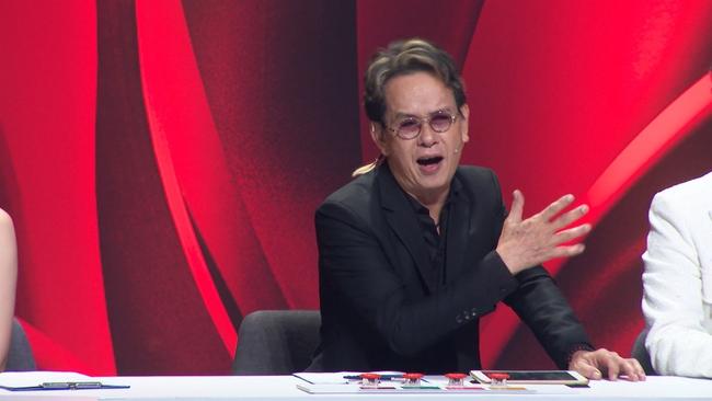 """Bảo vệ thí sinh có giọng hát """"khủng"""", Đức Huy không ngại """"bẻ"""" Giang Hồng Ngọc trên sóng truyền hình  - Ảnh 6."""