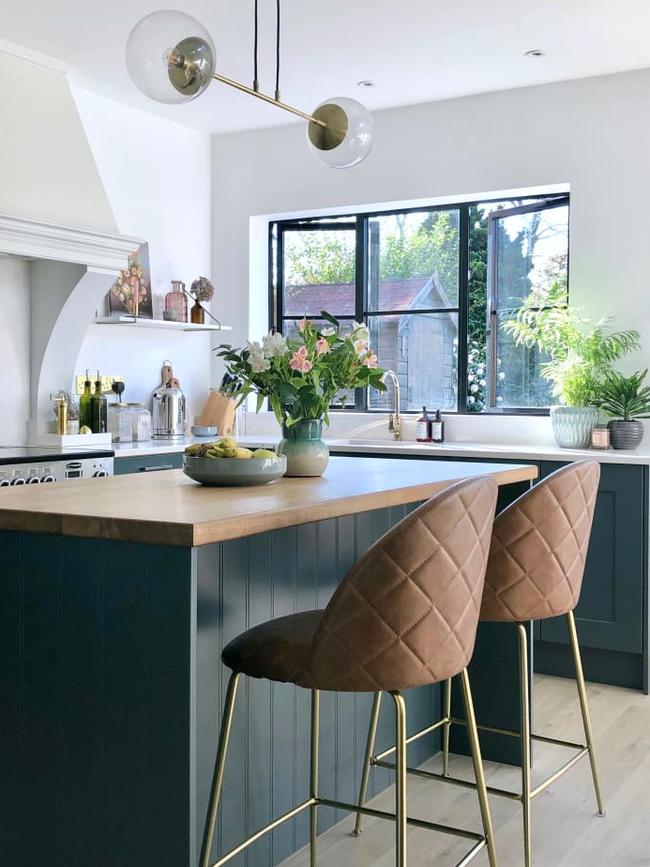 """Cải tạo căn bếp cũ """"lột xác"""" thành không gian nấu nướng đủ tiện ích đẹp miễn chê với ý tưởng không phải ai cũng nghĩ tới - Ảnh 4."""