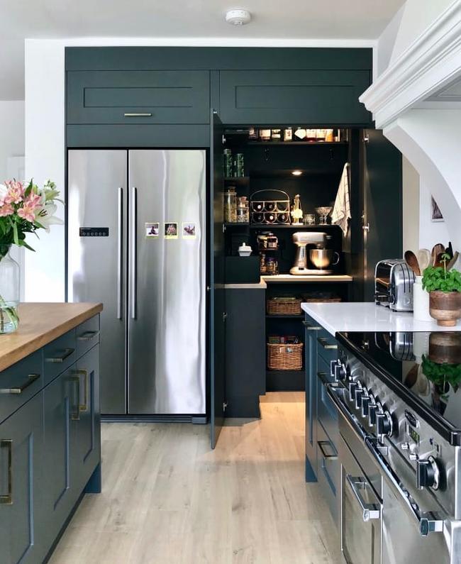 """Cải tạo căn bếp cũ """"lột xác"""" thành không gian nấu nướng đủ tiện ích đẹp miễn chê với ý tưởng không phải ai cũng nghĩ tới - Ảnh 5."""