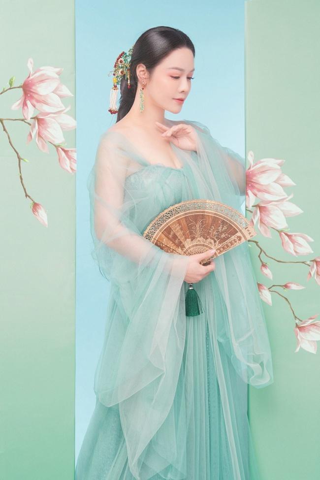 """Sau khi nhận giải thưởng lớn với """"Tiếng sét trong mưa"""", Nhật Kim Anh lại làm mỹ nữ cổ trang đẹp mê đắm - Ảnh 6."""
