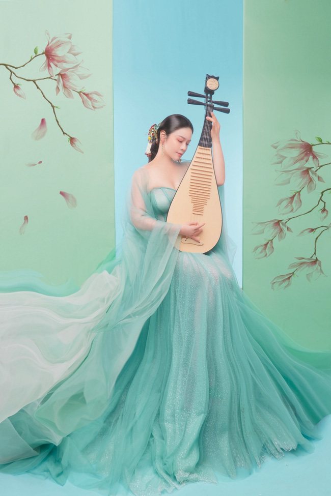 """Sau khi nhận giải thưởng lớn với """"Tiếng sét trong mưa"""", Nhật Kim Anh lại làm mỹ nữ cổ trang đẹp mê đắm - Ảnh 3."""