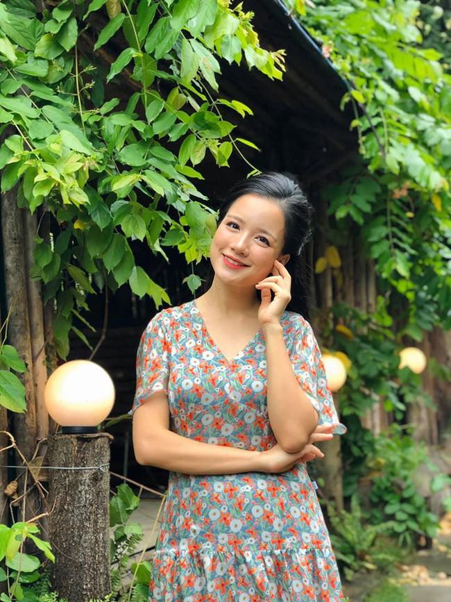 Hot mom Minh Trang khoe dáng thon thả nuột nà, đọ sắc cùng Bảo Trâm khiến chị em ngỡ ngàng, 4 con mà cứ như gái còn son - Ảnh 1.