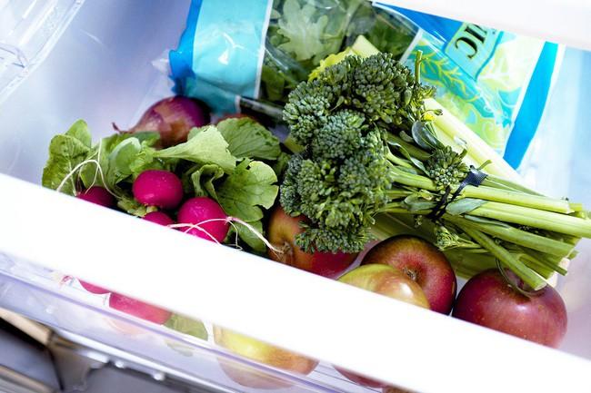 Vốn dĩ rau rất tốt cho sức khỏe nhưng riêng 3 loại này thì không: Ăn nhiều chẳng những gây hại mà còn tăng nguy cơ mắc ung thư đáng sợ - Ảnh 1.