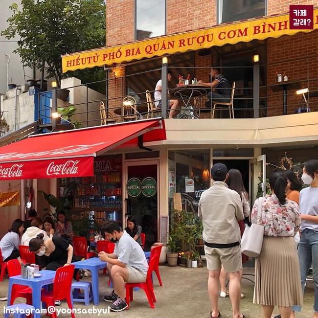 Có một góc quán bình dân ở Hàn Quốc mang đậm chất Việt từ thiết kế đến đồ ăn khiến dân mạng cực thích thú - Ảnh 3.