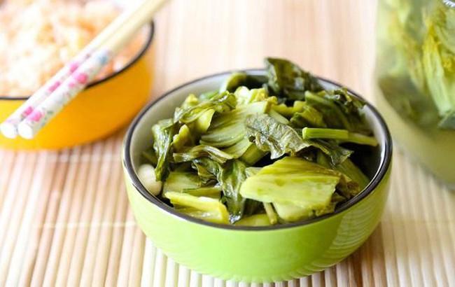 Vốn dĩ rau rất tốt cho sức khỏe nhưng riêng 3 loại này thì không: Ăn nhiều chẳng những gây hại mà còn tăng nguy cơ mắc ung thư đáng sợ - Ảnh 2.