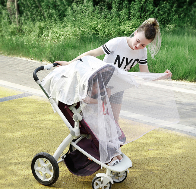 Các chuyên gia cảnh báo cha mẹ không nên đeo khẩu trang cho trẻ sơ sinh và trẻ nhỏ vì lý do an toàn - Ảnh 2.