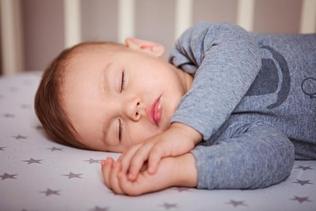 Trẻ không chịu ngủ trưa: Bỏ túi ngay những bí kíp hay giúp giải quyết vấn đề nhanh gọn - Ảnh 2.