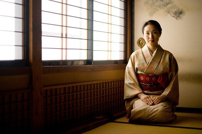 """Nghề """"tiểu tam"""" ở Nhật Bản: Dịch vụ tiền tỷ cho thuê trai xinh gái đẹp để """"bẫy"""" người khác và hệ lụy đạo đức - pháp luật gây tranh cãi - Ảnh 2."""