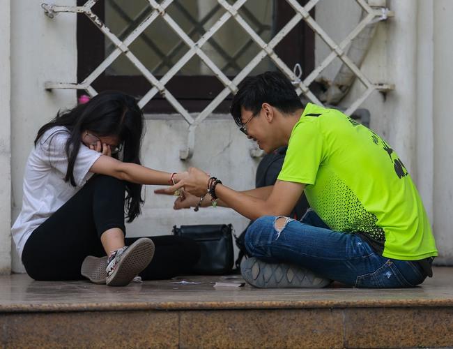 Hà Nội: Người dân thờ ơ trước việc tái xử phạt không đeo khẩu trang - Ảnh 8.