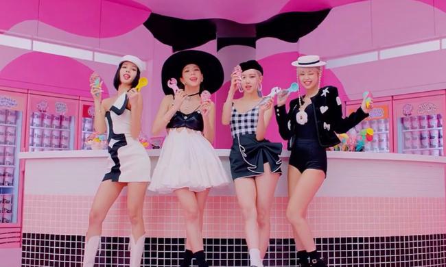 Ca khúc mới của BLACKPINK không đạt thành tích cao như BTS, netizen mỉa mai: Có khác gì múa phụ họa cho Selena Gomez đâu - Ảnh 3.
