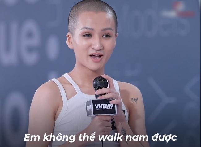 Vietnam's Next Top Model: Võ Hoàng Yến quát lớn nam thí sinh cạo đầu đi thi người mẫu nhưng nói gì cũng đều không hiểu - Ảnh 2.