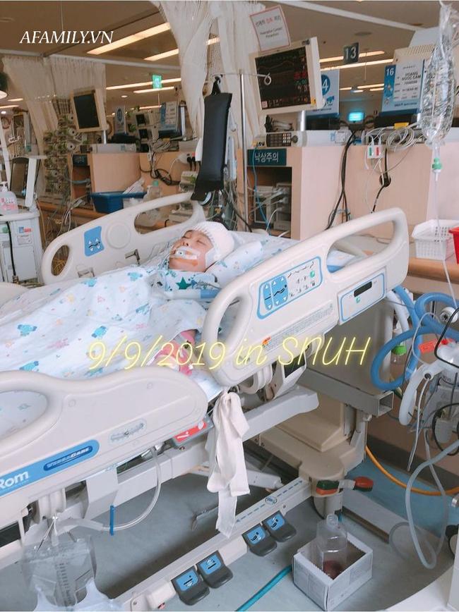 Bé gái 8 tuổi mắc chứng bệnh hiếm gặp, có 7 vết sẹo nằm  mãi trong não nhưng lại vô cùng kiên cường, tất cả nhờ cách dạy của mẹ - Ảnh 1.