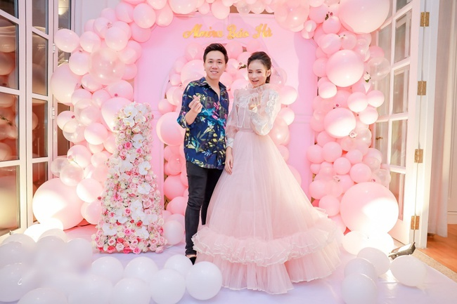 Siêu mẫu Võ Hoàng Yến cùng dàn sao Việt choáng ngợp với tiệc sinh nhật lộng lẫy của mẫu nhí 11 tuổi - Ảnh 7.