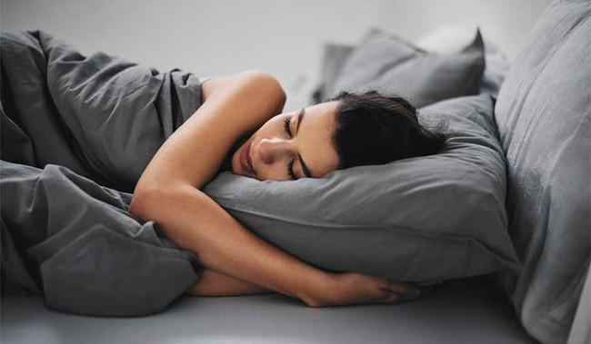 Những người sống thọ sẽ không bao giờ đi ngủ nếu chưa làm đủ 5 việc dưới đây, bạn cũng nên tìm hiểu để kịp thời thay đổi - Ảnh 3.