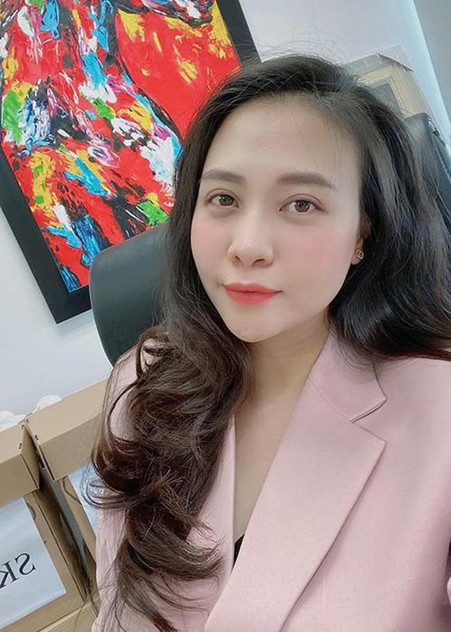 """Đọ sắc hội chị em toàn hot mom của Đàm Thu Trang khi làm """"bà đẻ"""": Người phá nét không nhận ra, người xinh đến mức bác sĩ phải khen - Ảnh 6."""